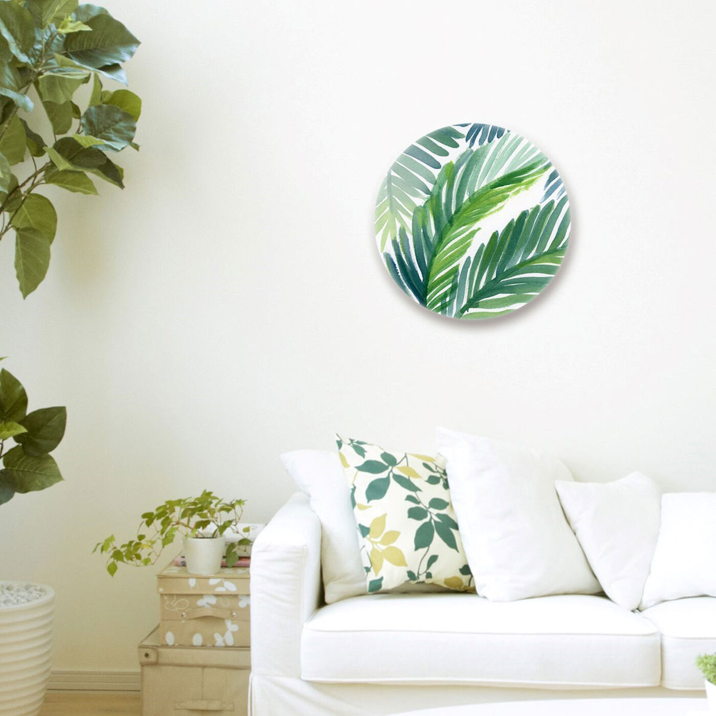Hanging view of Hojas de Palma Round featuring floral and botanical and botanicals art.