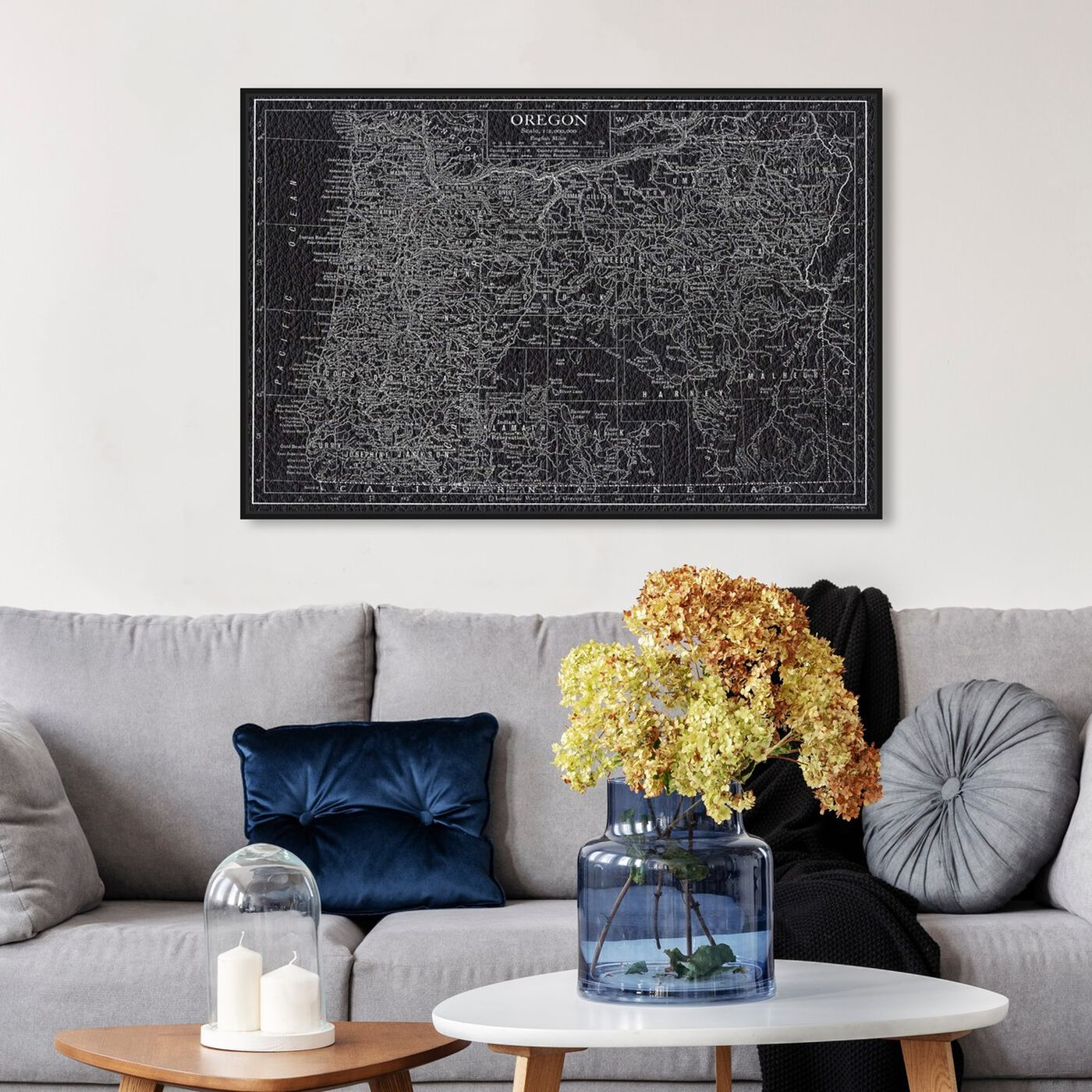 Hanging view of Oregon Map featuring maps and flags and us states maps art.
