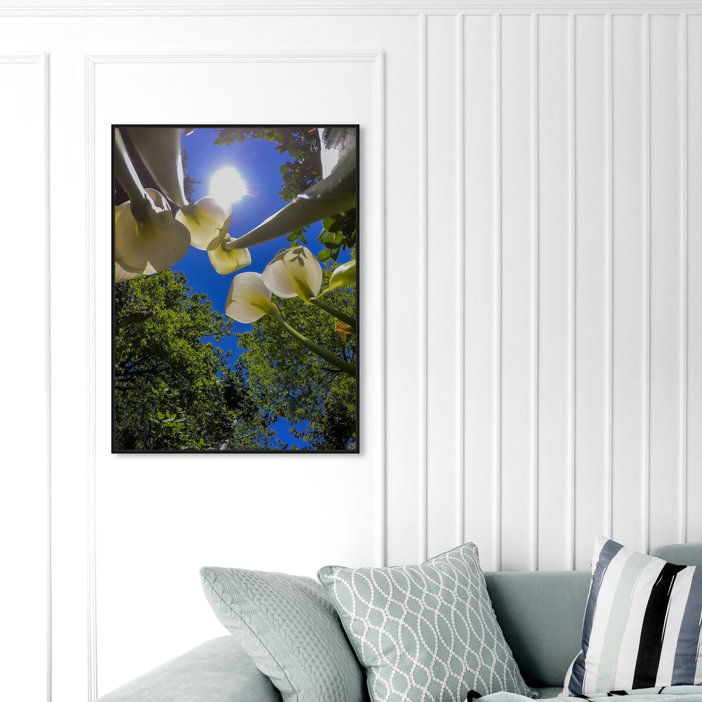 Hanging view of Curro Cardenal- Upper Garden III featuring floral and botanical and florals art.
