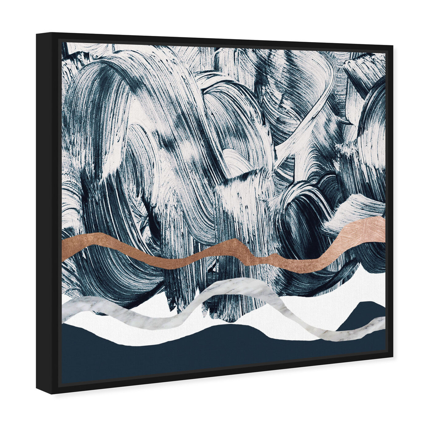Angled view of Bath in Copper Mountain featuring abstract and paint art.