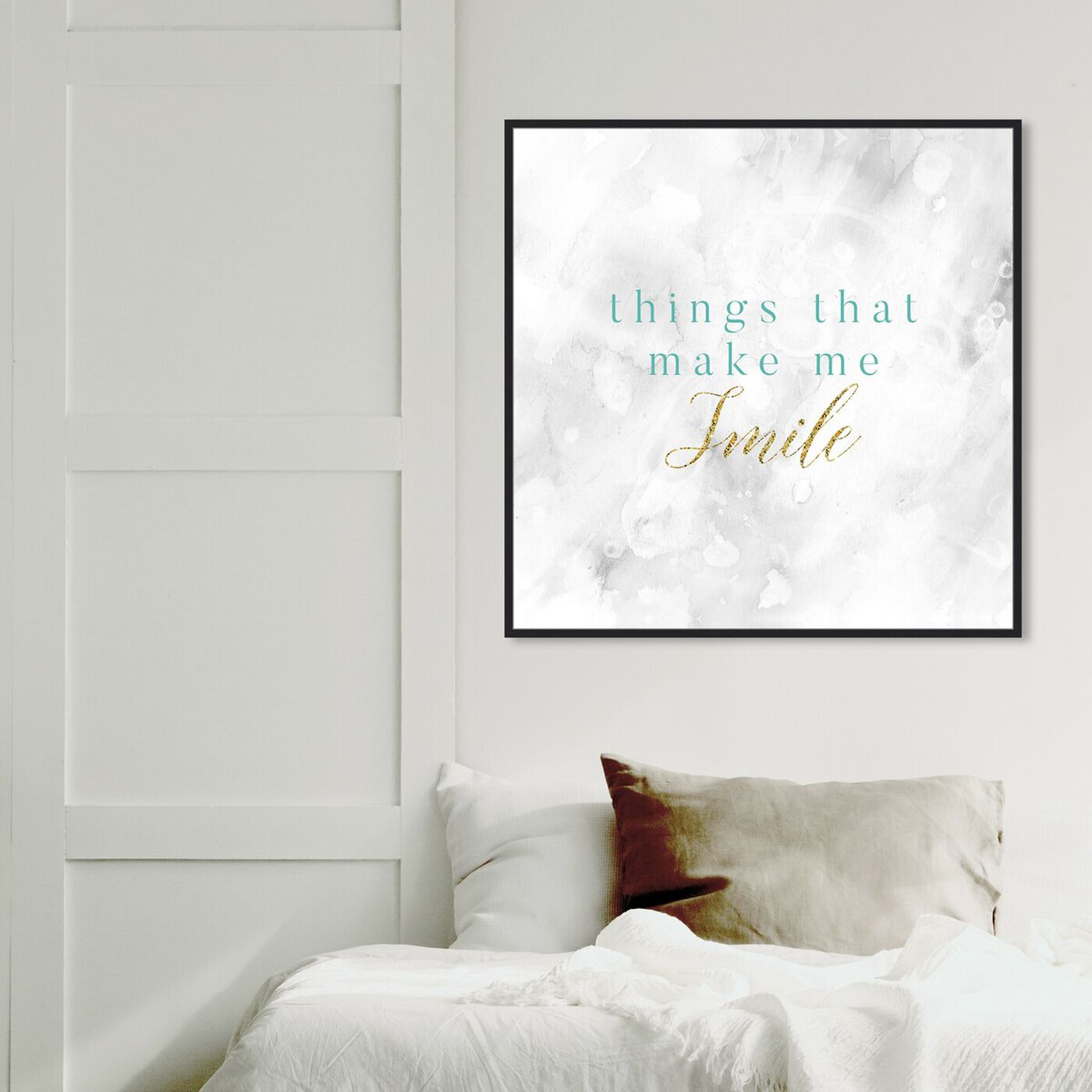 Hanging view of Things That Make Me Smile featuring typography and quotes and inspirational quotes and sayings art.
