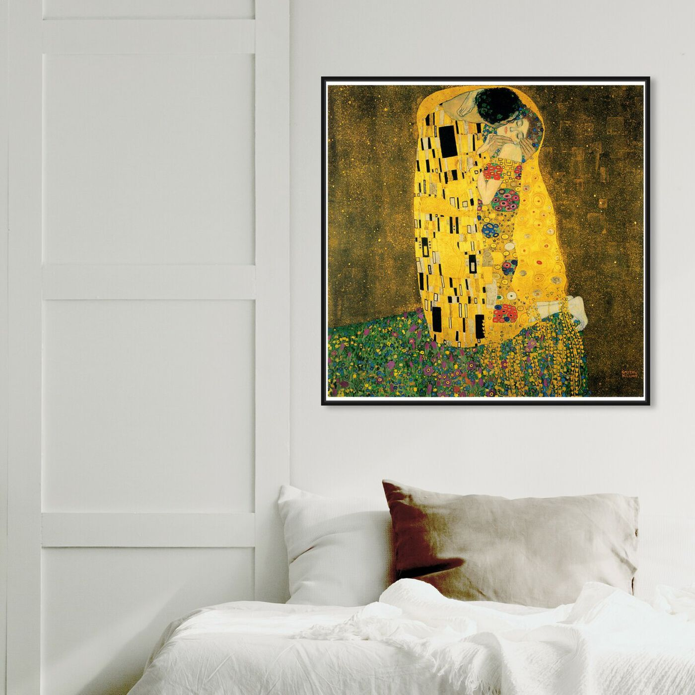 Hanging view of Klimt - The Kiss featuring classic and figurative and classic art.